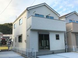 千代田東小学校近く17帖LDKと畳コーナーのある新築住宅